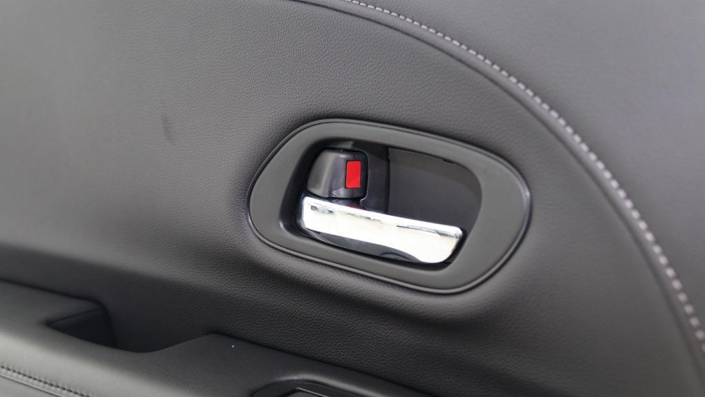 2019 Honda HR-V 1.8 E Interior 047
