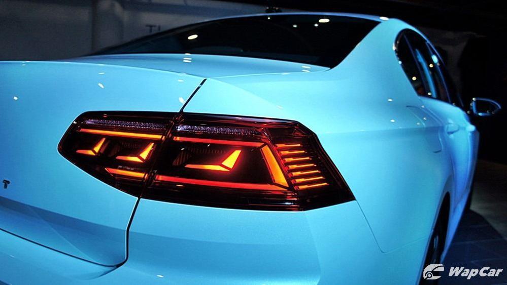 2020 Volkswagen Passat 2.0TSI Elegance Exterior 048