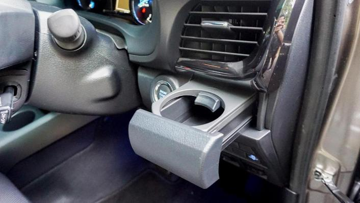 2020 Toyota Hilux Double Cab 2.8 Rogue AT 4X4 Interior 010