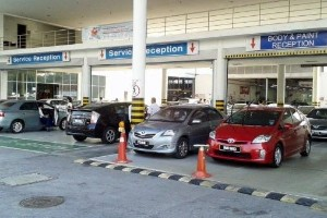 Selected Toyota service centres to re-open for business – for urgent jobs only