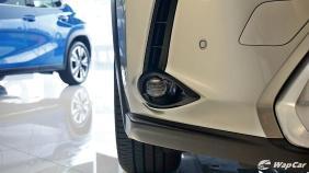 2020 Lexus UX 200 Luxury Exterior 014