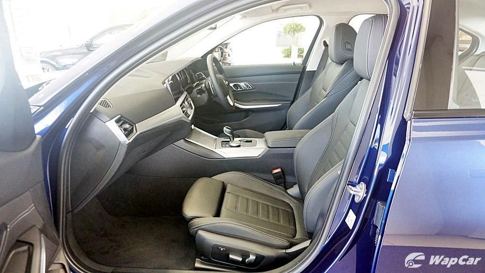 2020 BMW 3 Series 320i Sport Interior 123