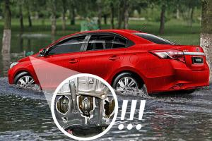 How driving through floods can damage your car, and here's how to do it safely