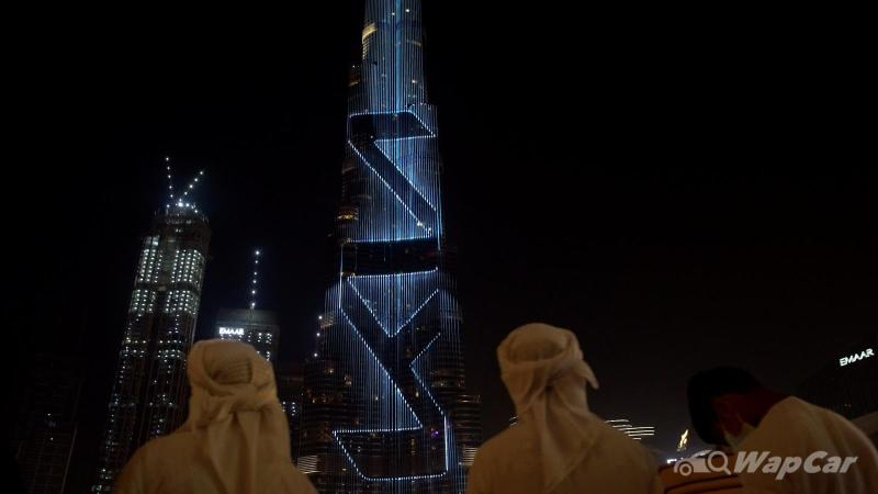 Kia lights up the Burj Khalifa for new logo introduction in Middle Eastern region 02