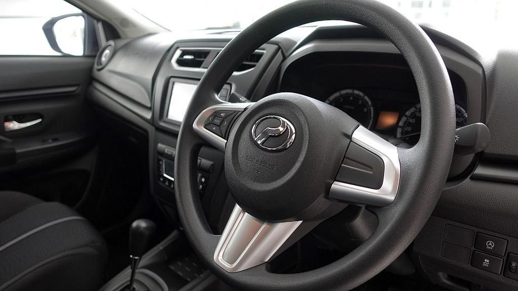 2019 Perodua Aruz 1.5 X Interior 007