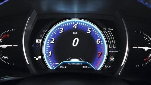 Renault Megane (2018) Interior 002