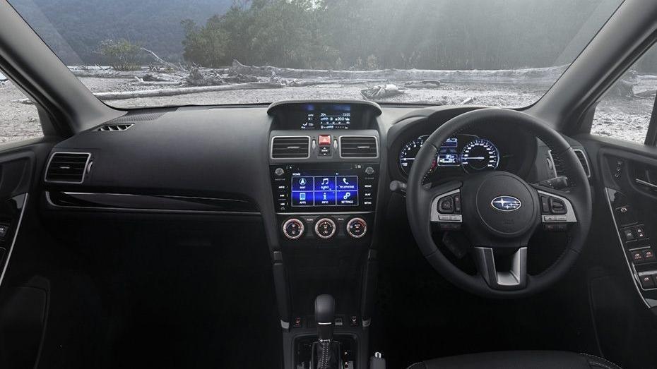 Subaru Forester (2018) Interior 001