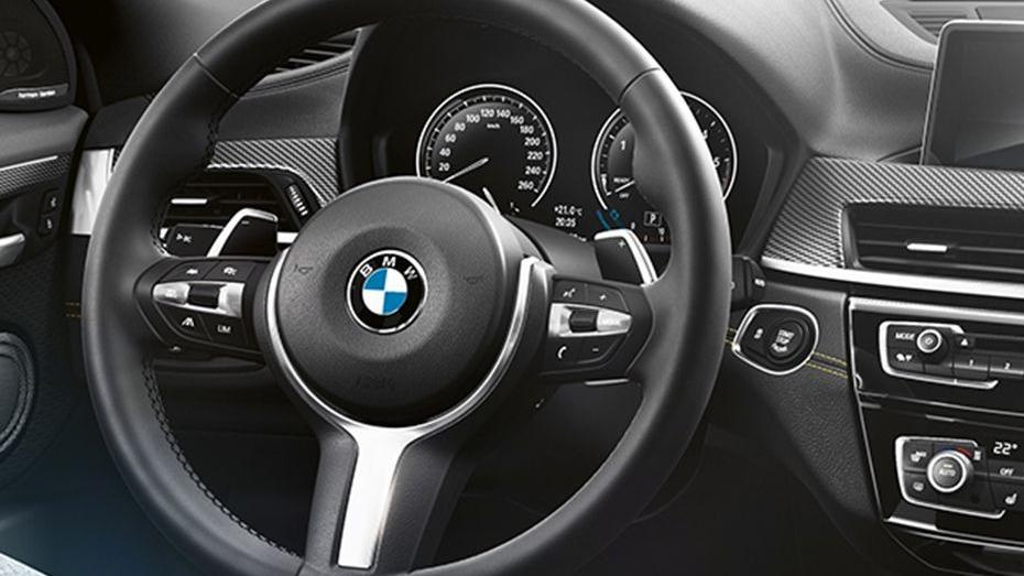 BMW X2 (2019) Interior 002