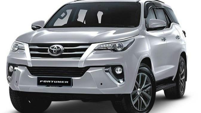 Toyota Fortuner (2018) Others 002