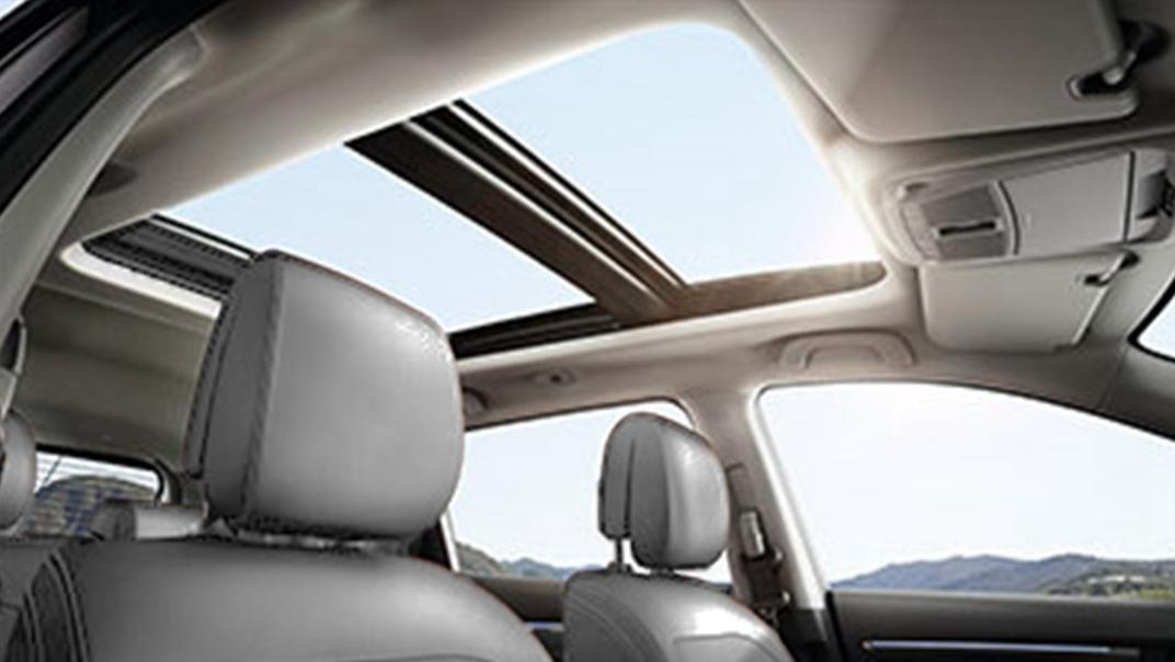 2021 Renault Koleos Interior 013