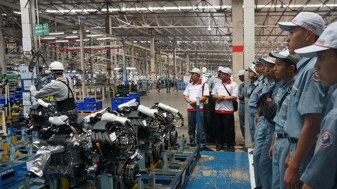 Nissan to close Indonesia plant