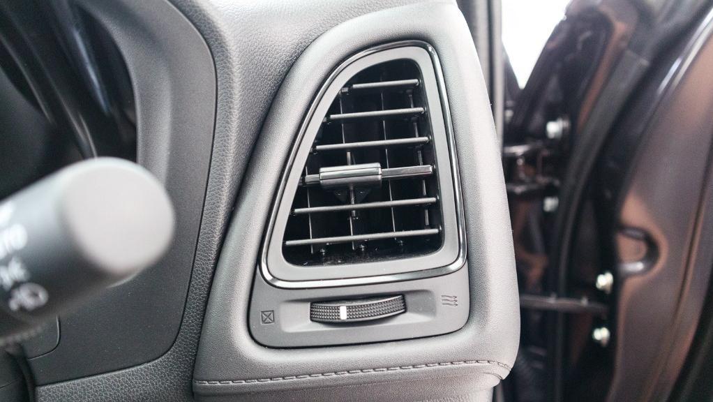 2019 Honda HR-V 1.8 E Interior 026