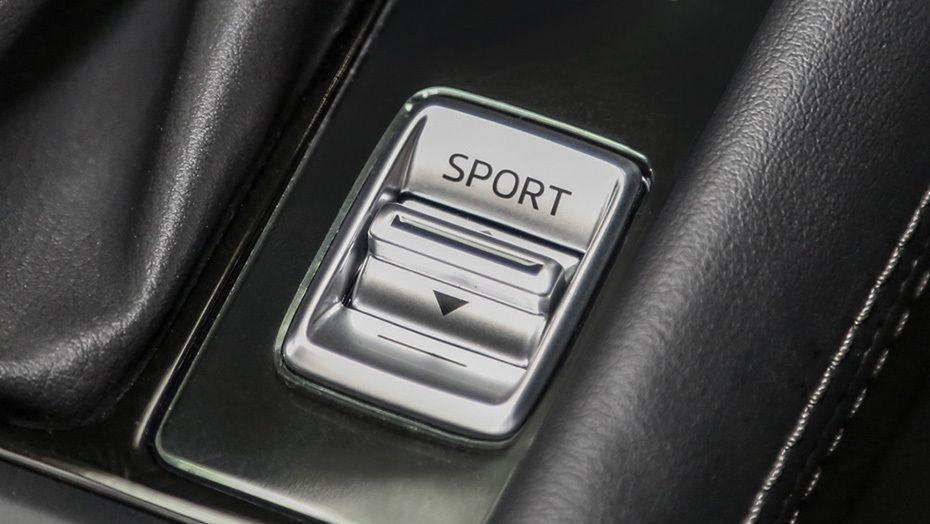 Mazda CX-3 (2018) Interior 006