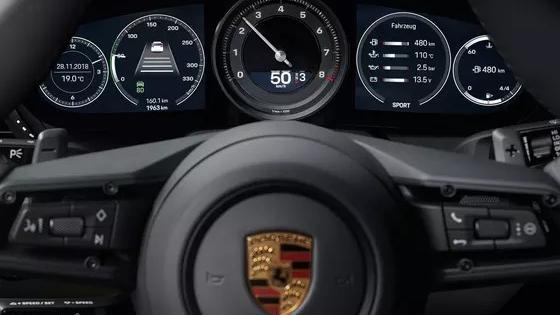 2019 Porsche 911 The new 911 Carrera Interior 006