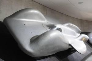 The Mercedes T 80 - Hitler's flawed land speed record breaker