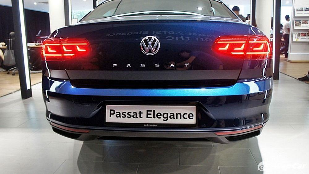 2020 Volkswagen Passat 2.0TSI Elegance Exterior 038