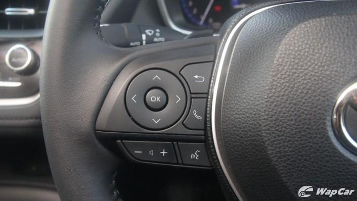 2019 Toyota Corolla Altis 1.8G Interior 007