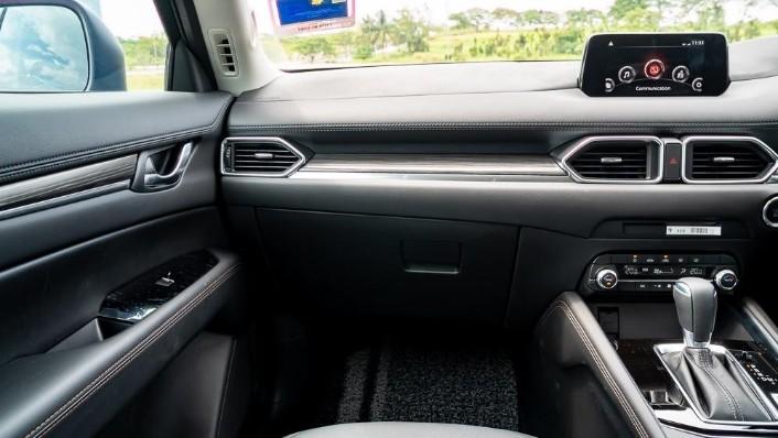 2019 Mazda CX-5 2.5L TURBO Interior 004