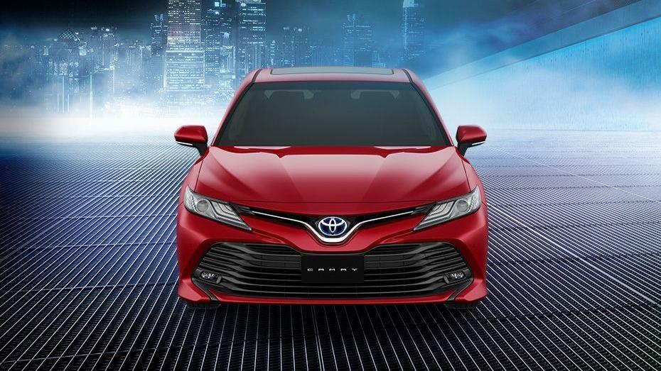Toyota Camry (2019) Exterior 002