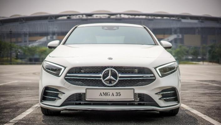 2019 Mercedes-Benz AMG A-Class A35 Exterior 003