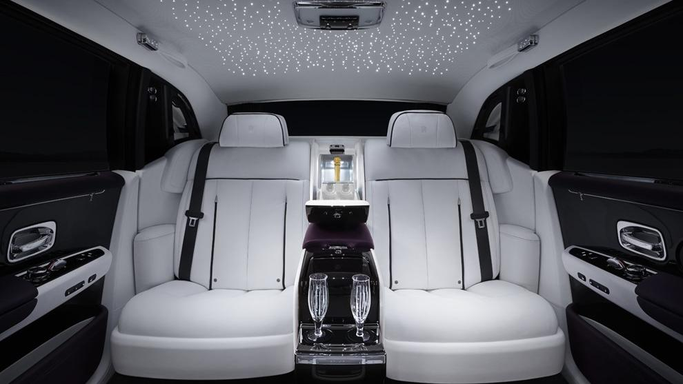 2018 Rolls-Royce Phantom Extended Wheelbase Interior 002