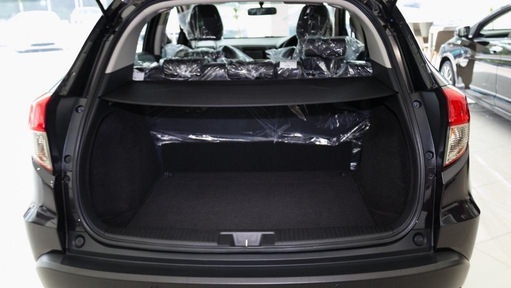 2019 Honda HR-V 1.8 E Interior 051