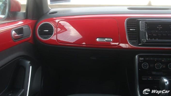 2018 Volkswagen Beetle 1.2 TSI Sport Interior 004