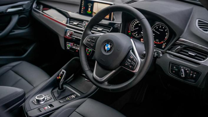 2020 BMW X1 sDrive18i Interior 002