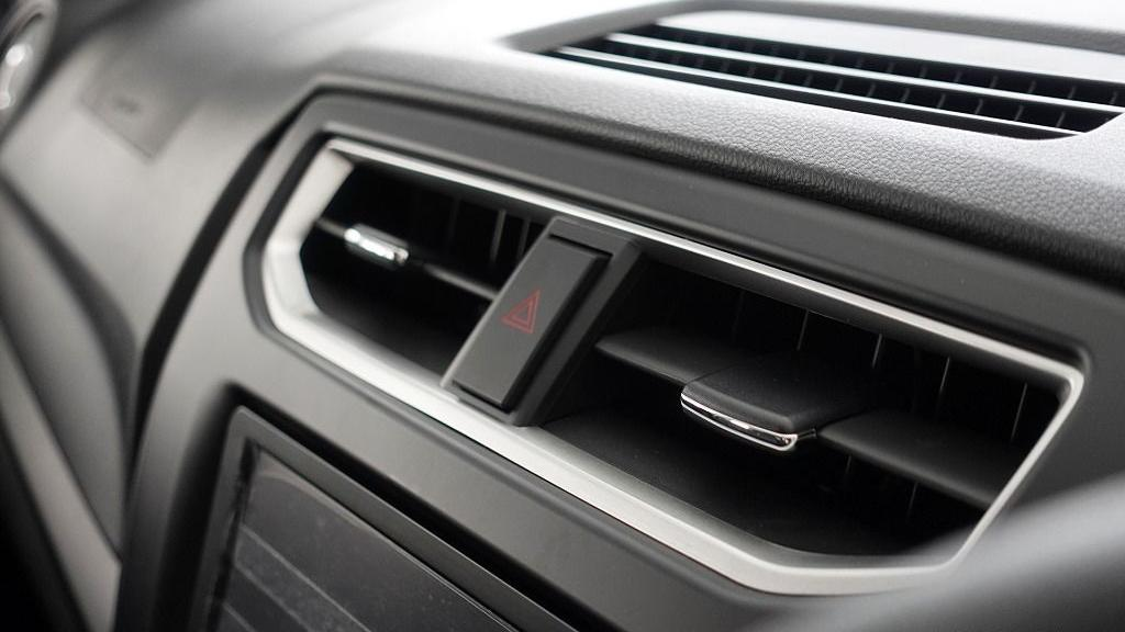2019 Perodua Aruz 1.5 X Interior 022