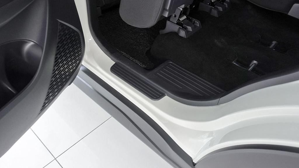 2019 Perodua Aruz 1.5 X Interior 052
