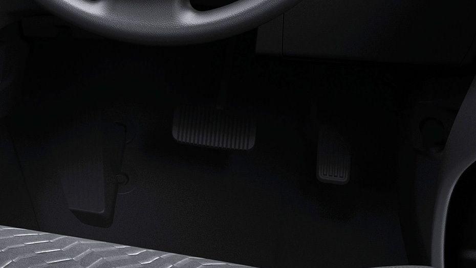 Toyota Avanza (2019) Interior 006