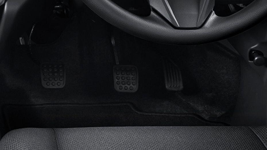 Perodua Axia (2018) Interior 008