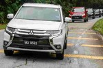 Mitsubishi Outlander – 2.0L vs 2.4L, which one to pick?