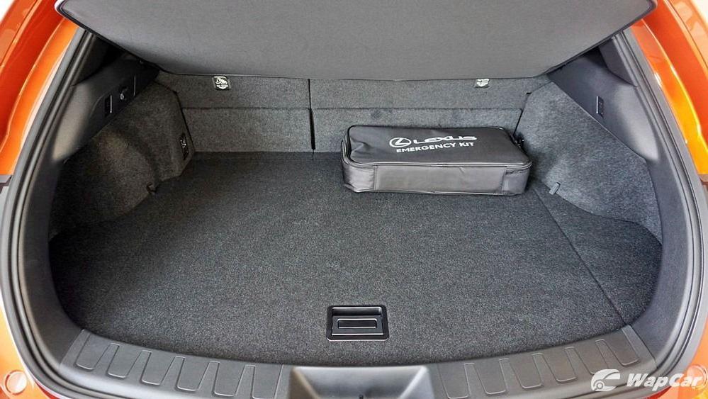 2020 Lexus UX 200 Urban Interior 061