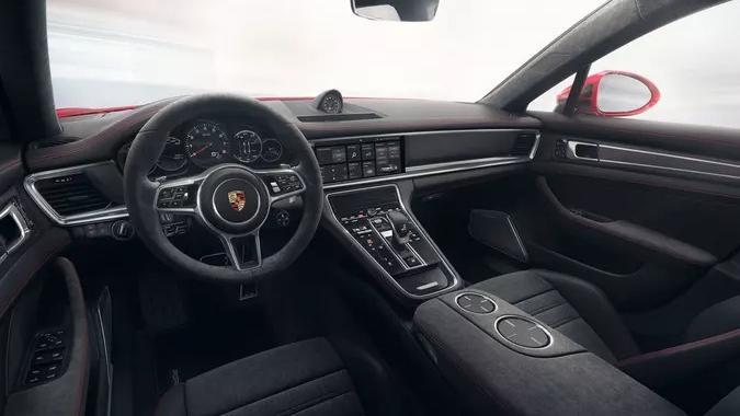 Porsche Panamera GTS(2019) Interior 003