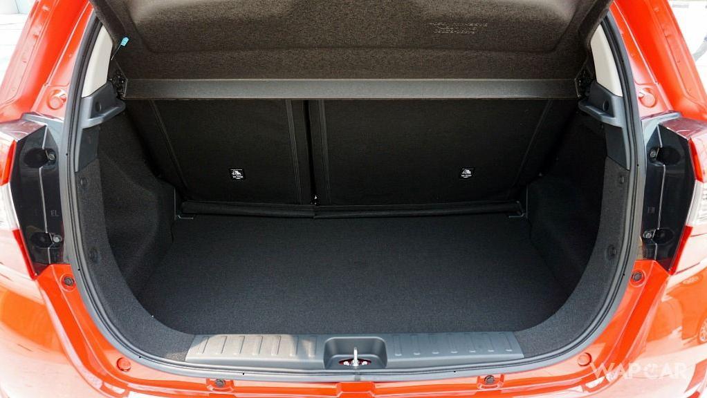 Perodua Myvi (2018) Interior 049