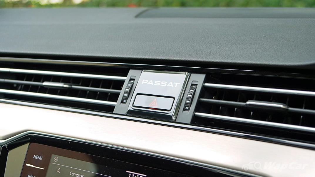 2020 Volkswagen Passat 2.0TSI Elegance Interior 039