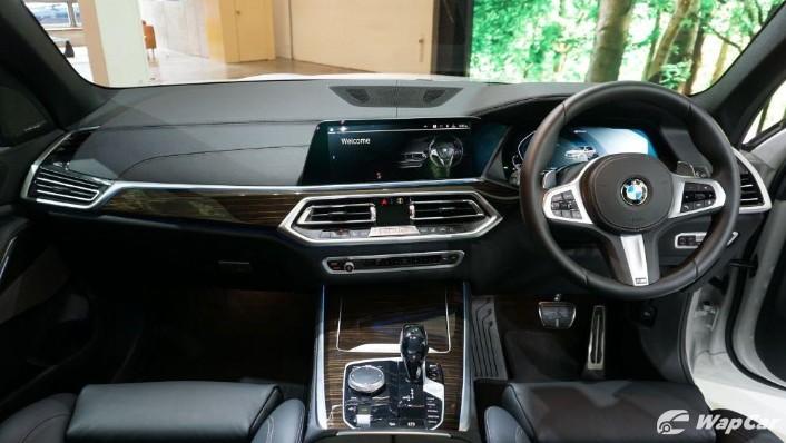 2020 BMW X5 xDrive45e M Sport  Interior 001