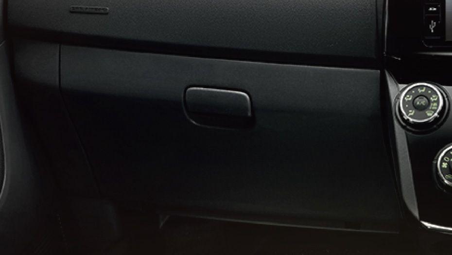 Perodua Alza (2018) Interior 004