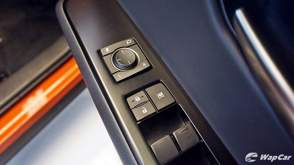2020 Lexus UX 200 Urban Interior 033