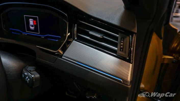 2020 Volkswagen Arteon 2.0 TSI R-Line Interior 008