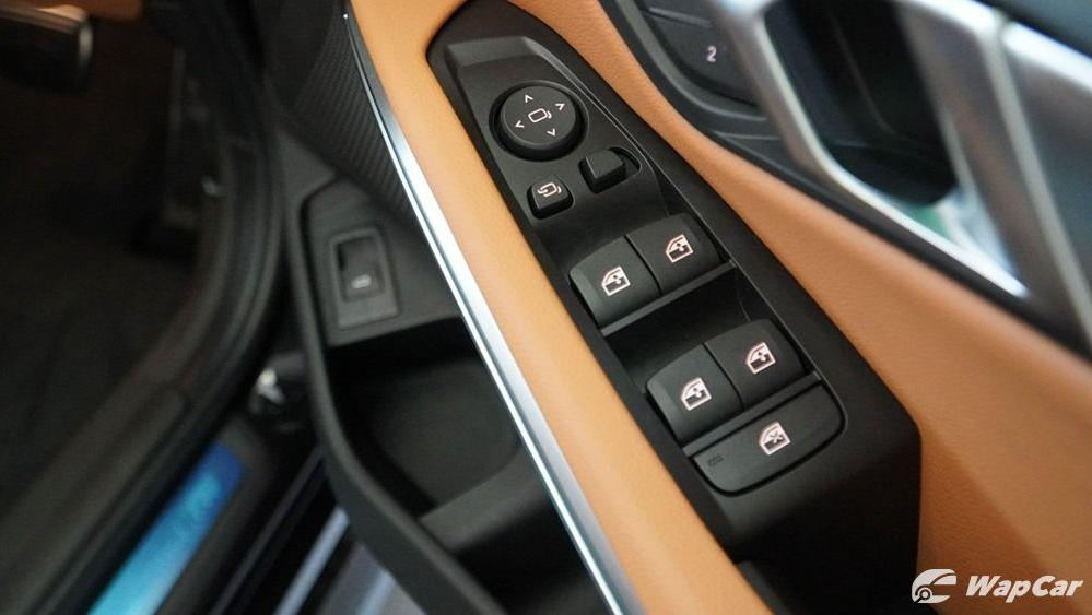 2019 BMW 3 Series 330i M Sport Interior 041