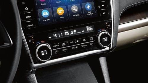 Subaru Outback (2018) Interior 005