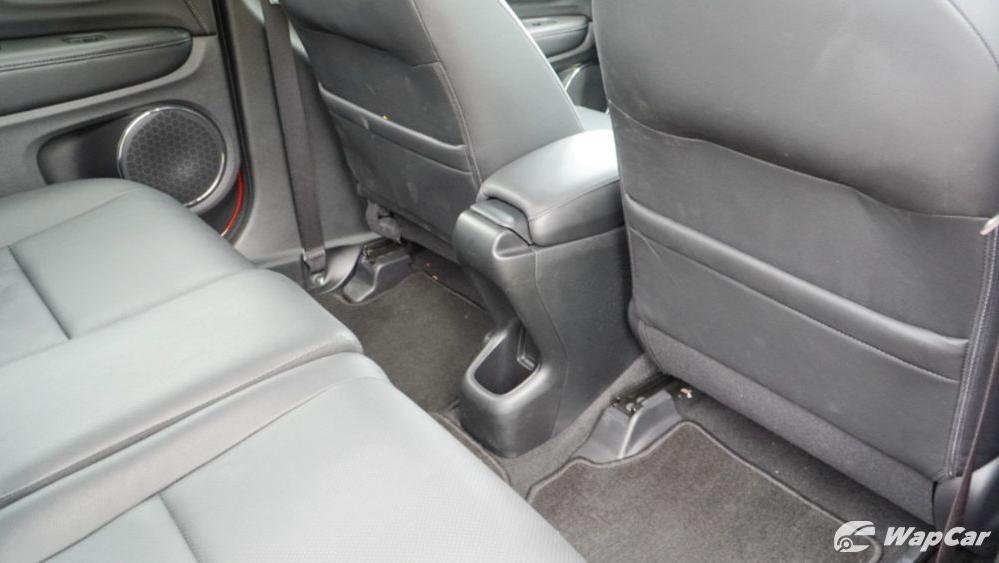 2019 Honda HR-V 1.8 RS Interior 040