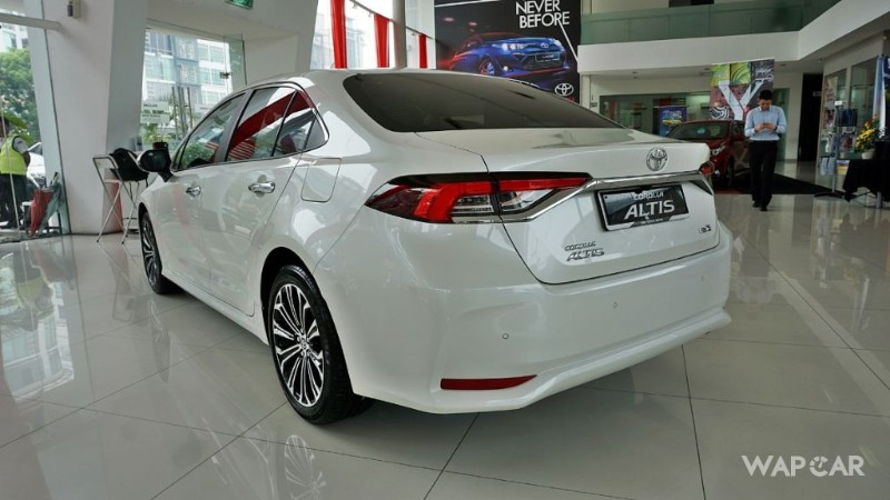 2019 Toyota Corolla Altis rear