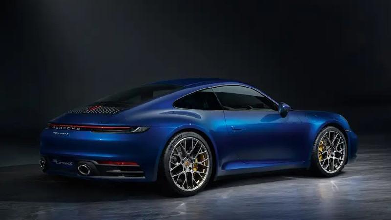 2019 Porsche 911 Carrera 4S Exterior 004