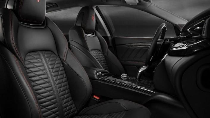 Maserati Quattroporte (2019) Interior 009