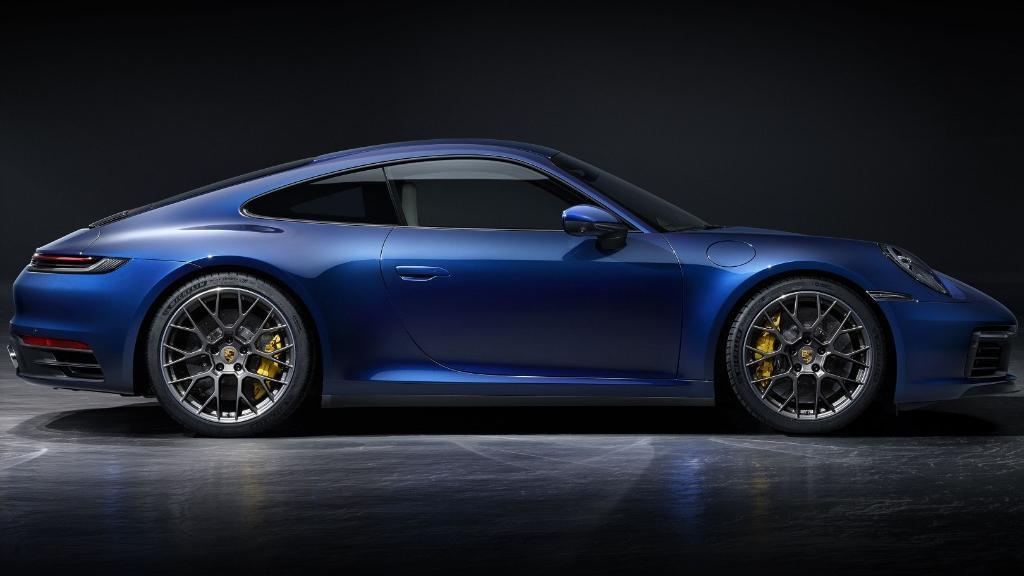 2019 Porsche 911 Carrera 4S Exterior 002