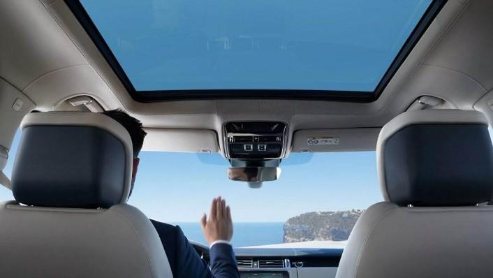 Land Rover Range Rover (2017) Interior 008