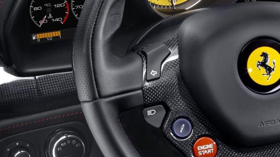 Ferrari 488 (2015) Interior 013